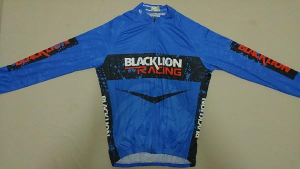 B952번] BLACK LION 긴팔져지 / XL / 호칭 110사이즈 / 17,000원